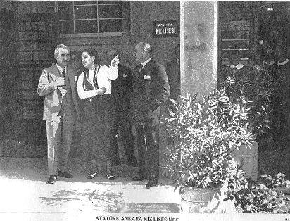 Ataturk à Anakara au Lycee feminin