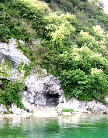 lac du bourget grotte de Lamartine